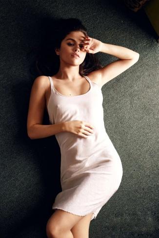 2016-09-29 Selena Gomez 03