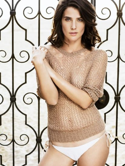 2016-10-19-cobie-smulders-02-see-through-booze-revooze-al-k-hall