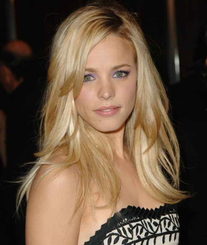rachel-mcadams-04-the-bar-none-al-k-hall